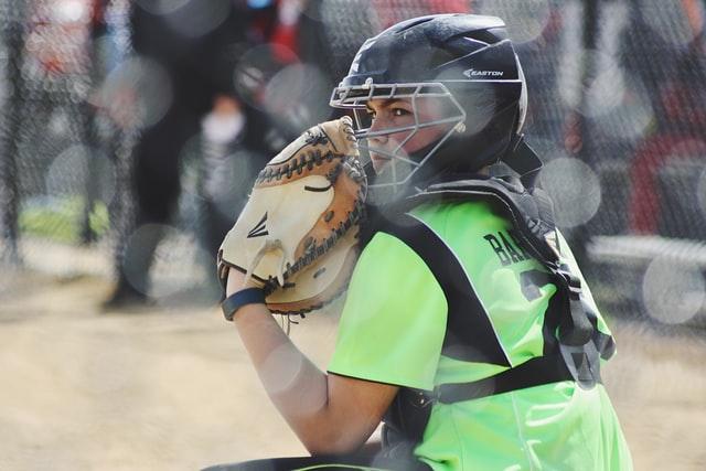 Softball vs Baseball Pitching